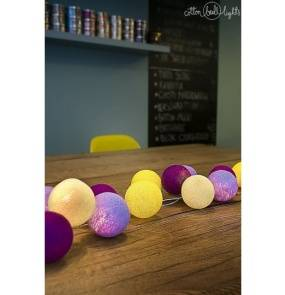 Kolorowe kulki kompozycja - Crocuses