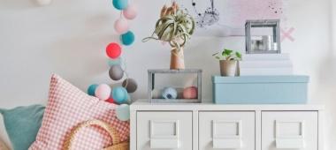 Oświetlenie w pokoju niemowlaka - czego nie może zabraknąć