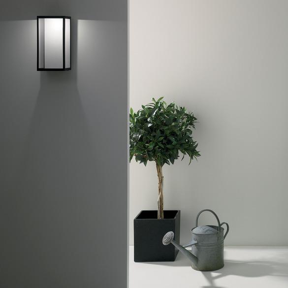 5 pomysłów na efektowne oświetlenie zewnętrzne