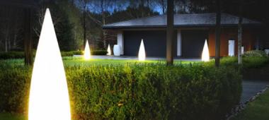 Lampy ogrodowe  - na co zwrócić uwagę przed zakupem?