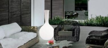 Lampy na balkon - jak urządzić i oświetlić swoją przestrzeń