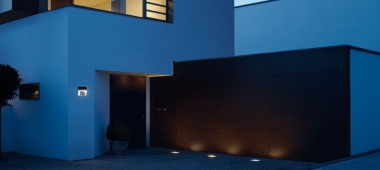 Dlaczego oświetlenie zewnętrzne jest potrzebne? - kinkiety zewnętrzne