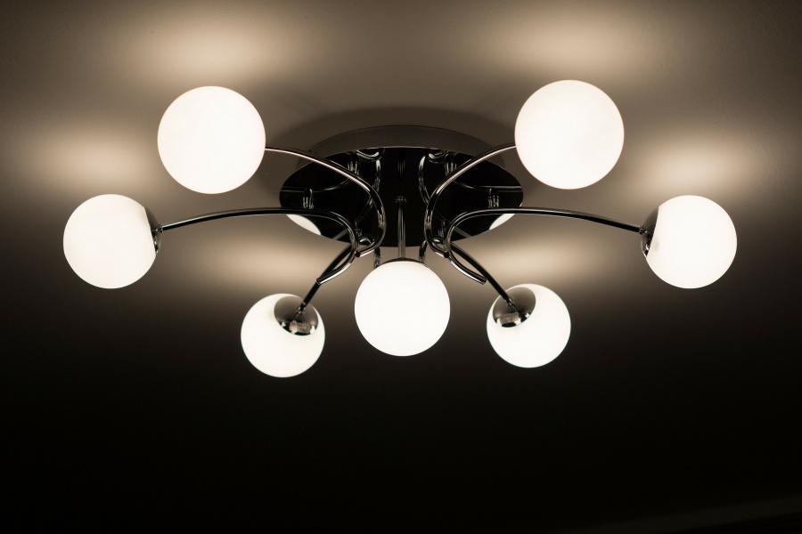 Plafony sufitowe LED — idealne rozwiązanie do wielu pomieszczeń